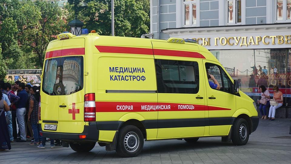 žlutá sanitka