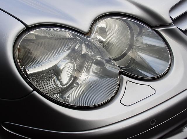 kulatá světla auta